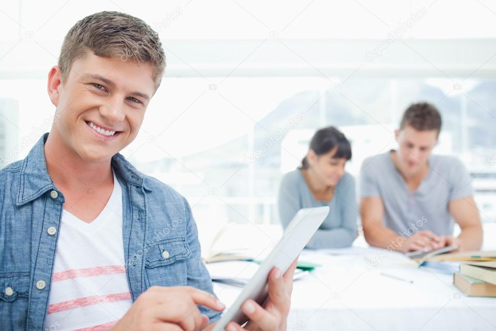 """לימודים אקדמיים בחו""""ל, האם אפשרי בכלל לסטודנט הישראלי?"""