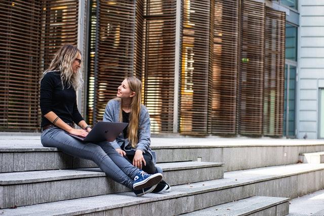 כתיבת עבודות אקדמיות במכללה ובאוניברסיטה